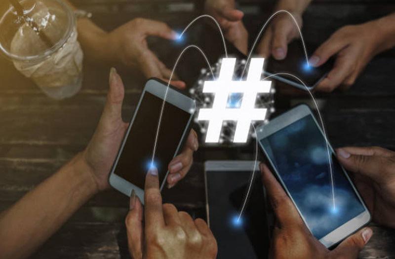popular hashtag in social media